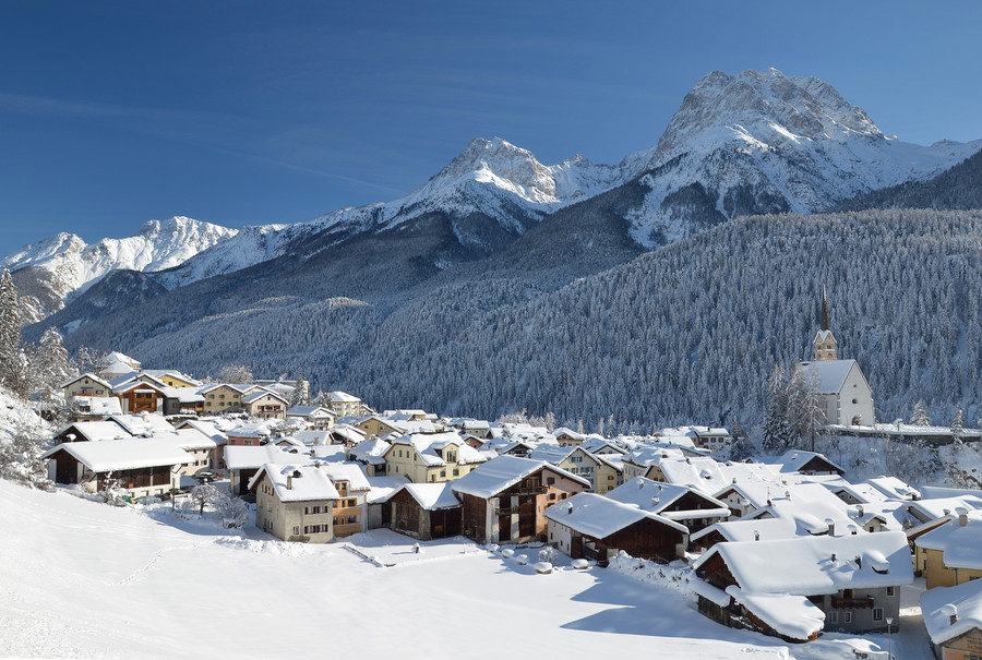 SCUOL WINTER.jpg